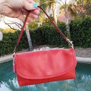 Coach EUC small leather purse wristlet